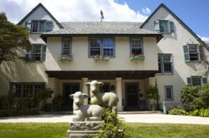 Ragdale House